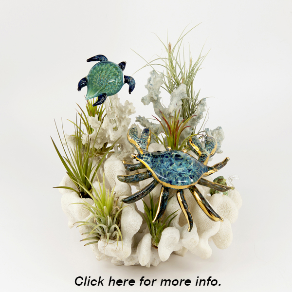 Sculpture Crab & Turtle Over Coral
